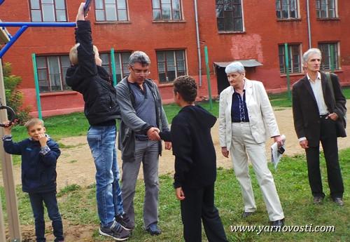 Борис Немцов: «Всю свою зарплату я отдам на спортивные сооружения для детей»